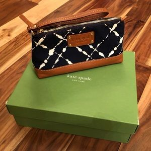 Kate Spade Hollyhead Mini Eris Wristlet Navy NEW